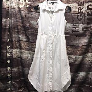 Ann Taylor Dress, sleeveless with POCKETS !!